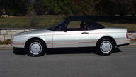 1990 Cadillac Allante Convertible Automatic presented as lot T77 at Kansas City, MO 2011 - thumbail image2