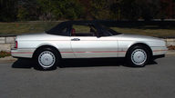 1990 Cadillac Allante Convertible Automatic presented as lot T77 at Kansas City, MO 2011 - thumbail image7