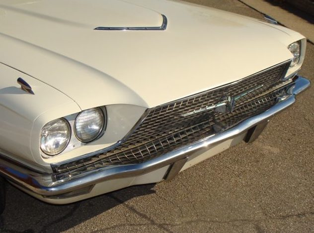 1966 Ford Thunderbird Coupe 428/345 HP, Automatic presented as lot T79 at Kansas City, MO 2011 - image5