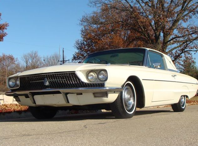 1966 Ford Thunderbird Coupe 428/345 HP, Automatic presented as lot T79 at Kansas City, MO 2011 - image7