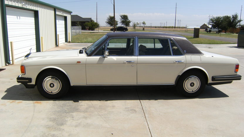 1988 Rolls-Royce Silver Spur Sedan presented as lot T100 at Kansas City, MO 2011 - image2