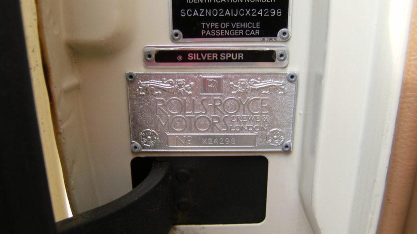 1988 Rolls-Royce Silver Spur Sedan presented as lot T100 at Kansas City, MO 2011 - image8