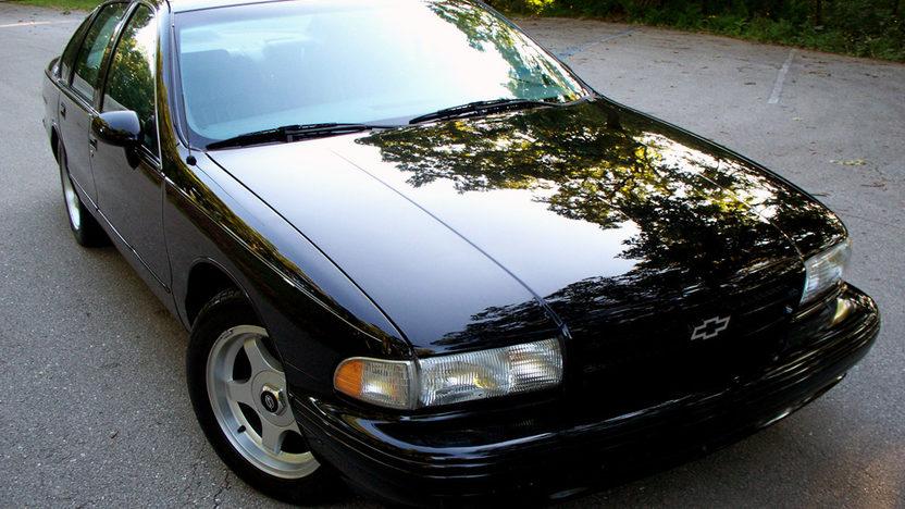 1994 Chevrolet Impala SS presented as lot T105 at Kansas City, MO 2011 - image8