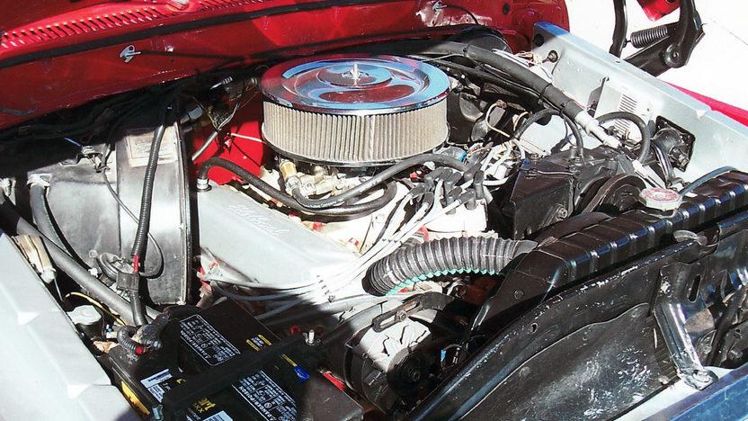1979 Ford F150 Ranger Pickup 460 CI, 5-Speed presented as lot T110 at Kansas City, MO 2011 - image5