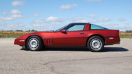 1987 Chevrolet Corvette Coupe 5.7L, Automatic presented as lot T121 at Kansas City, MO 2011 - thumbail image2