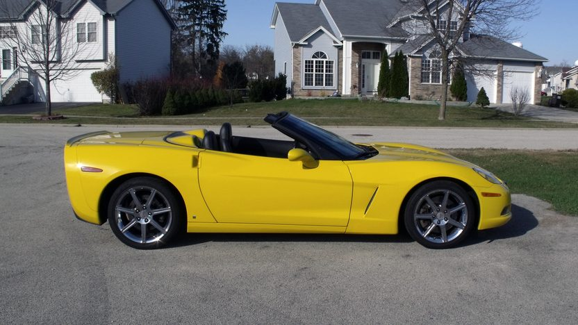 2009 Chevrolet Corvette Convertible presented as lot T143 at Kansas City, MO 2011 - image2
