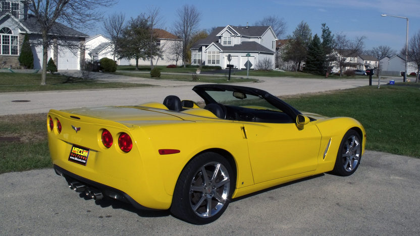 2009 Chevrolet Corvette Convertible presented as lot T143 at Kansas City, MO 2011 - image3