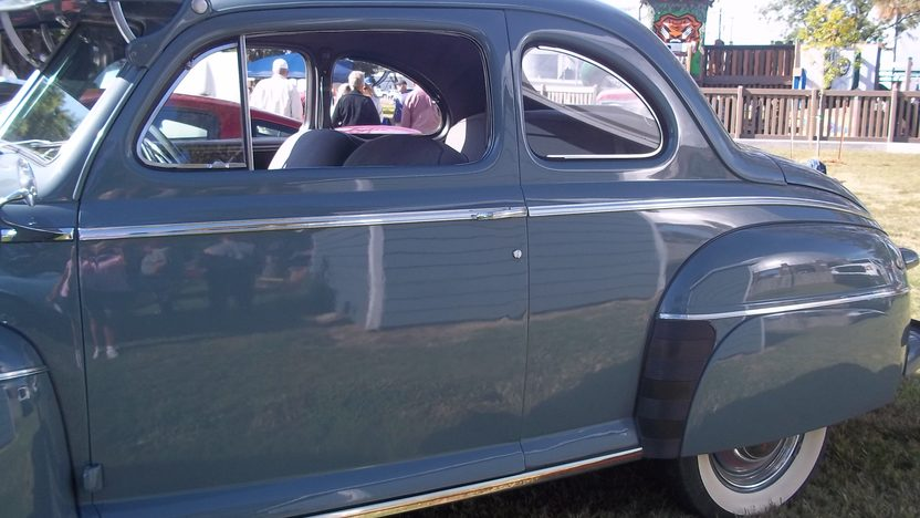 1946 Ford Deluxe Coupe presented as lot T145 at Kansas City, MO 2011 - image2