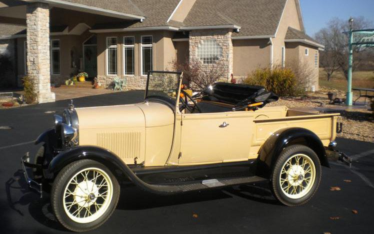 1929 Ford Model A Roadster Pickup presented as lot T254 at Kansas City, MO 2011 - image4