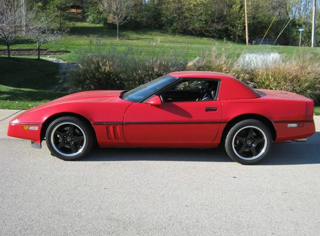 1989 Chevrolet Corvette Convertible 350 CI, Automatic presented as lot T153 at Kansas City, MO 2011 - image2