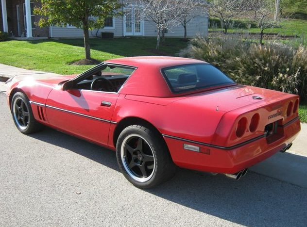 1989 Chevrolet Corvette Convertible 350 CI, Automatic presented as lot T153 at Kansas City, MO 2011 - image3