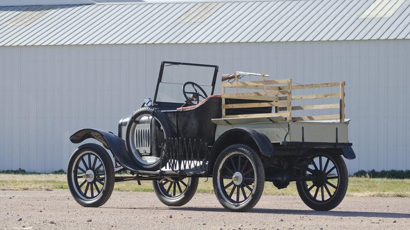 1925 Ford Model T Pickup Manual presented as lot T181 at Kansas City, MO 2011 - image2
