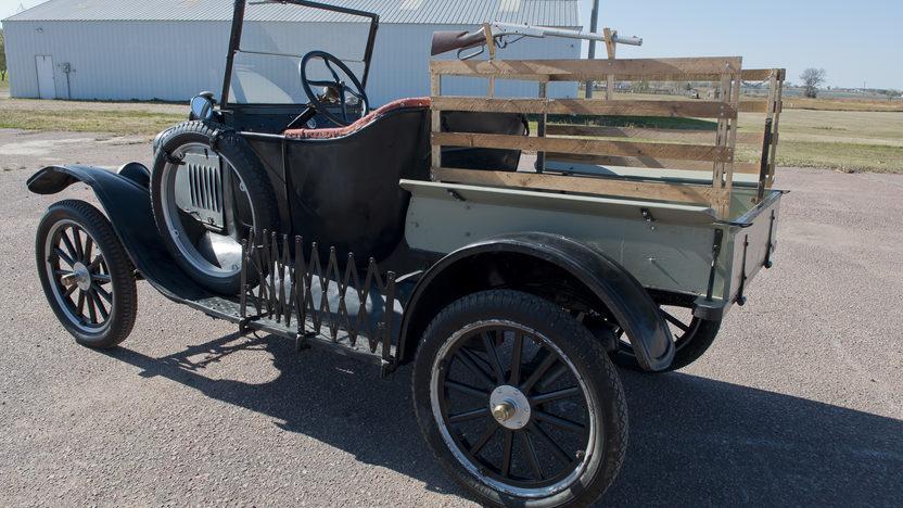 1925 Ford Model T Pickup Manual presented as lot T181 at Kansas City, MO 2011 - image4