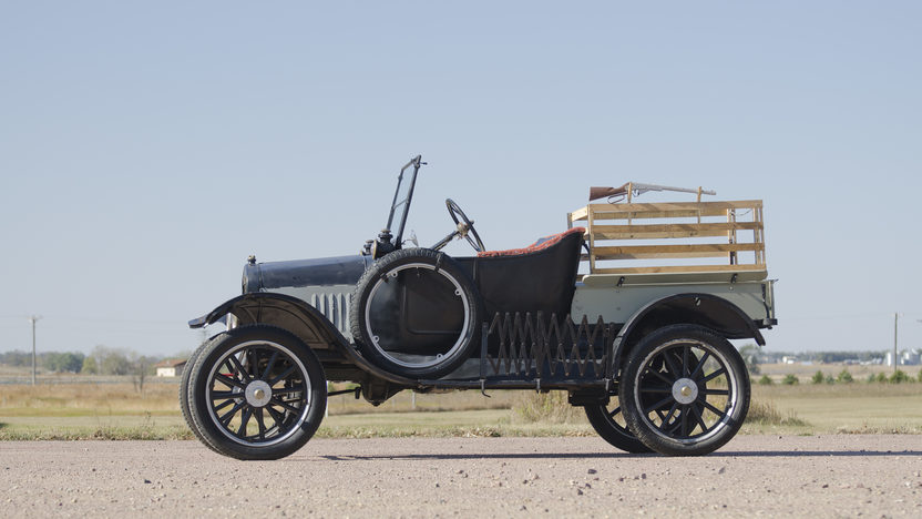 1925 Ford Model T Pickup Manual presented as lot T181 at Kansas City, MO 2011 - image8