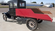 1924 Ford Model T Pickup presented as lot T185 at Kansas City, MO 2011 - thumbail image3