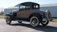 1930 Ford Deluxe Coupe 200 CI, 3-Speed presented as lot T186 at Kansas City, MO 2011 - thumbail image7