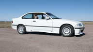 1994 BMW 318is Coupe 5-Speed presented as lot T190 at Kansas City, MO 2011 - thumbail image3