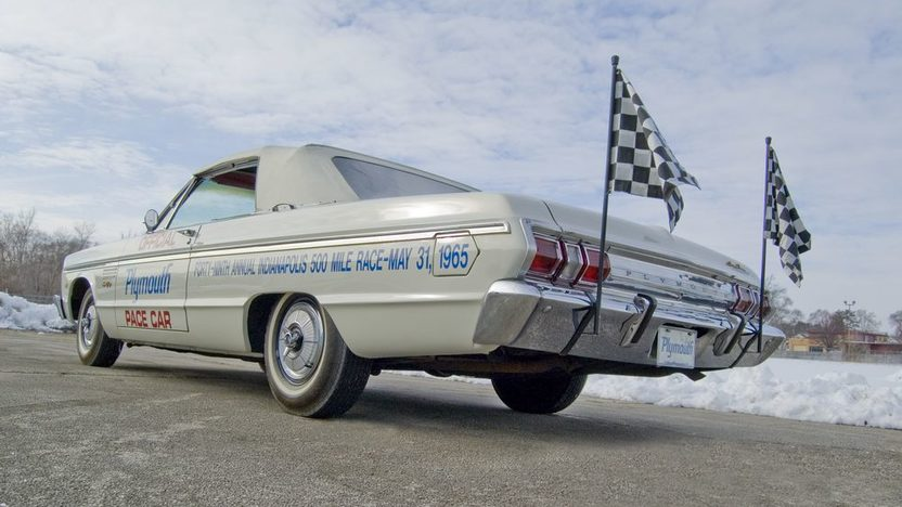 1965 Plymouth Sport Fury Pace Car 383 CI, Automatic presented as lot T199 at Kansas City, MO 2011 - image2