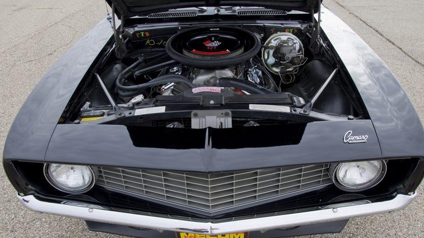 1969 Chevrolet Camaro 396 CI, 4-Speed presented as lot T210 at Kansas City, MO 2011 - image7