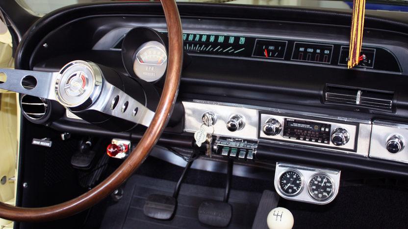 1964 Chevrolet Impala 2-Door Hardtop 350/300 HP, 4-Speed presented as lot T216 at Kansas City, MO 2011 - image4