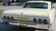 1964 Chevrolet Impala 2-Door Hardtop 350/300 HP, 4-Speed presented as lot T216 at Kansas City, MO 2011 - thumbail image3