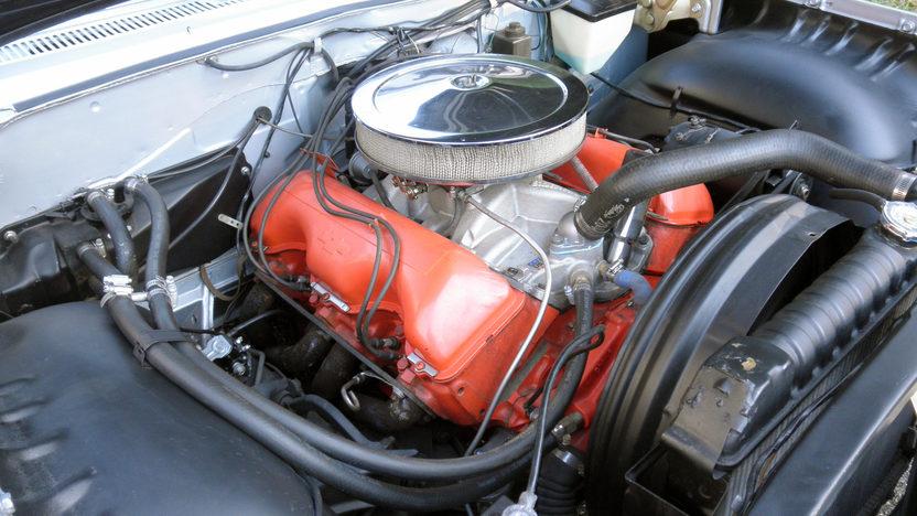 1961 Chevrolet Impala Bubble Top 409/350 HP, 4-Speed presented as lot T219 at Kansas City, MO 2011 - image6