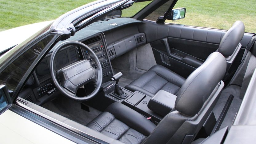 1990 Cadillac Allante 2-Door presented as lot T240 at Kansas City, MO 2011 - image3