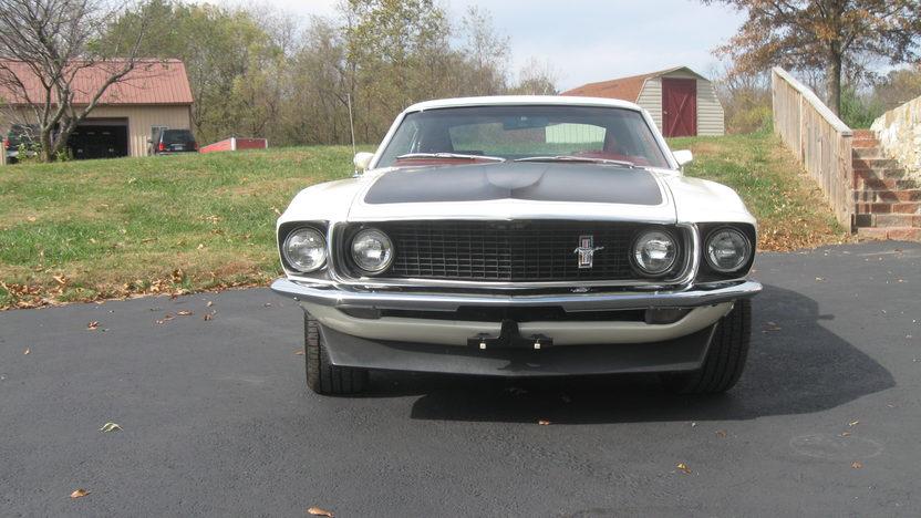 1969 Ford Mustang Boss 302 302/290 HP, 4-Speed presented as lot T249 at Kansas City, MO 2011 - image2