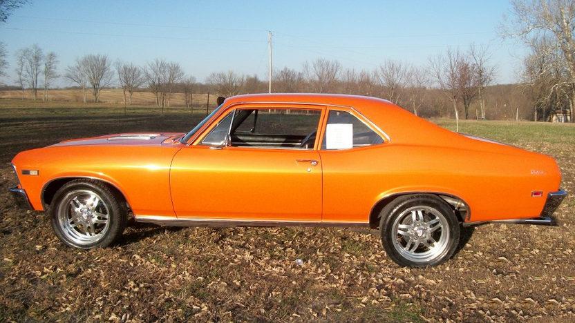 1968 Chevrolet Nova SS presented as lot F8 at Kansas City, MO 2011 - image2