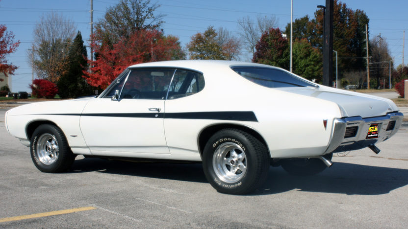 1968 Pontiac GTO 400 CI, Automatic presented as lot F18 at Kansas City, MO 2011 - image7