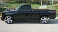 1990 Chevrolet SS 454 Pickup 454 CI, Automatic presented as lot F28 at Kansas City, MO 2011 - thumbail image2