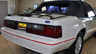 1992 Ford Mustang Convertible 2.3L, Automatic presented as lot F34 at Kansas City, MO 2011 - thumbail image3