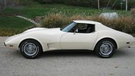 1977 Chevrolet Corvette Coupe 350/180 HP, Automatic presented as lot F37 at Kansas City, MO 2011 - thumbail image2