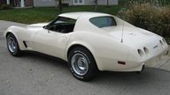 1977 Chevrolet Corvette Coupe 350/180 HP, Automatic presented as lot F37 at Kansas City, MO 2011 - thumbail image3
