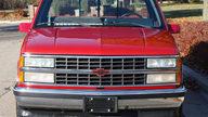 1990 Chevrolet Silverado Pickup 350 CI, Automatic presented as lot F54 at Kansas City, MO 2011 - thumbail image6
