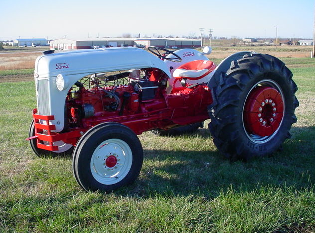 1952 Ford 8N Tractor Manual presented as lot F64 at Kansas City, MO 2011 - image2