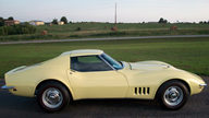 1968 Chevrolet Corvette Coupe 427/400 HP, 4-Speed presented as lot F67 at Kansas City, MO 2011 - thumbail image2