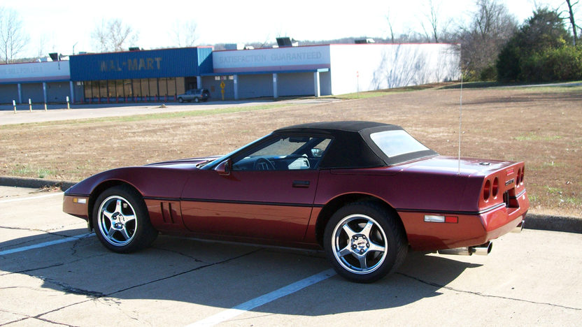 1988 Chevrolet Corvette Convertible 350 CI, Automatic presented as lot F69 at Kansas City, MO 2011 - image2