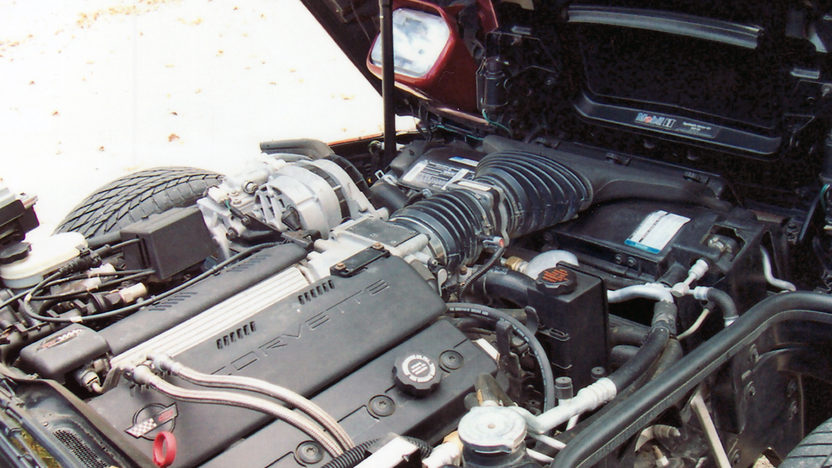1995 Chevrolet Corvette Convertible LT1, Automatic presented as lot F87 at Kansas City, MO 2011 - image6