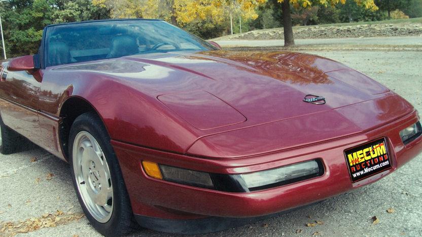 1995 Chevrolet Corvette Convertible LT1, Automatic presented as lot F87 at Kansas City, MO 2011 - image8