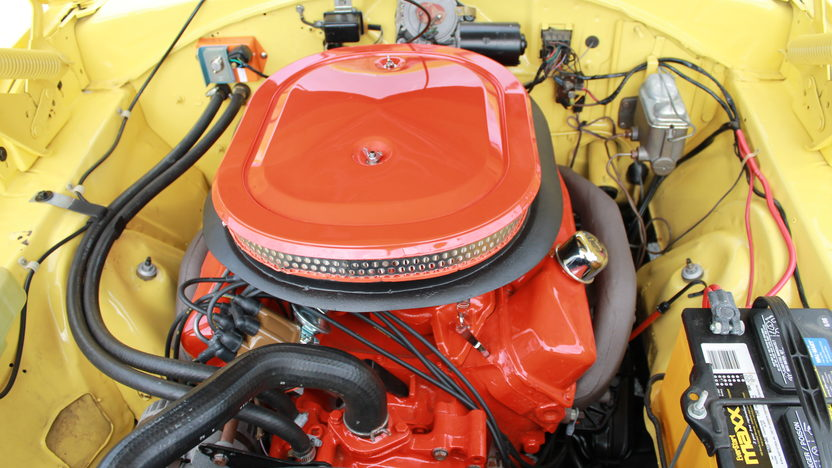 1969 Dodge Super Bee 2-Door Sedan 383/335 HP, 4-Speed presented as lot F107 at Kansas City, MO 2011 - image3