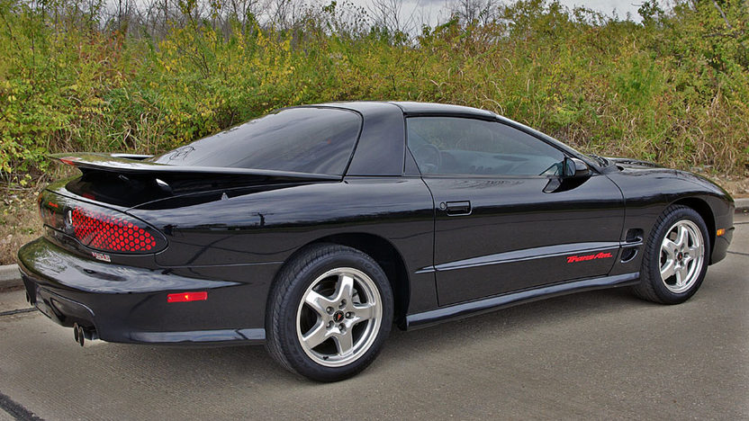 2002 Pontiac Trans Am 5.7L, Automatic presented as lot F114 at Kansas City, MO 2011 - image2