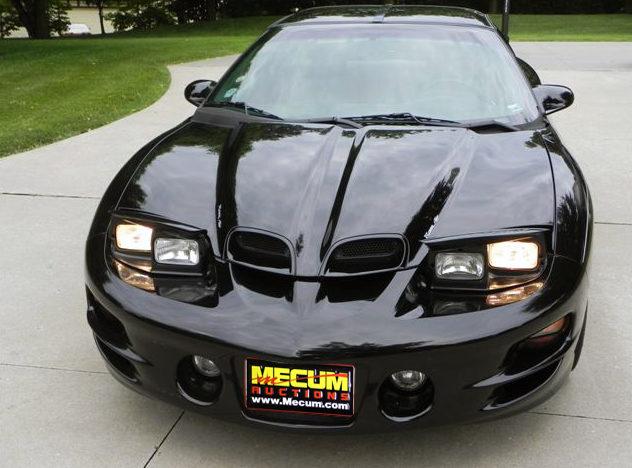 1999 Pontiac Trans Am presented as lot F118 at Kansas City, MO 2011 - image4