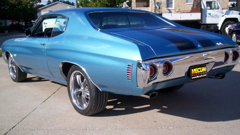 1971 Chevrolet Chevelle 454 CI, Automatic presented as lot F122 at Kansas City, MO 2011 - image2