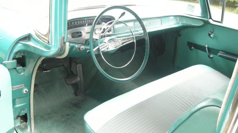 1958 Chevrolet Biscayne 2-Door Sedan presented as lot F127 at Kansas City, MO 2011 - image4