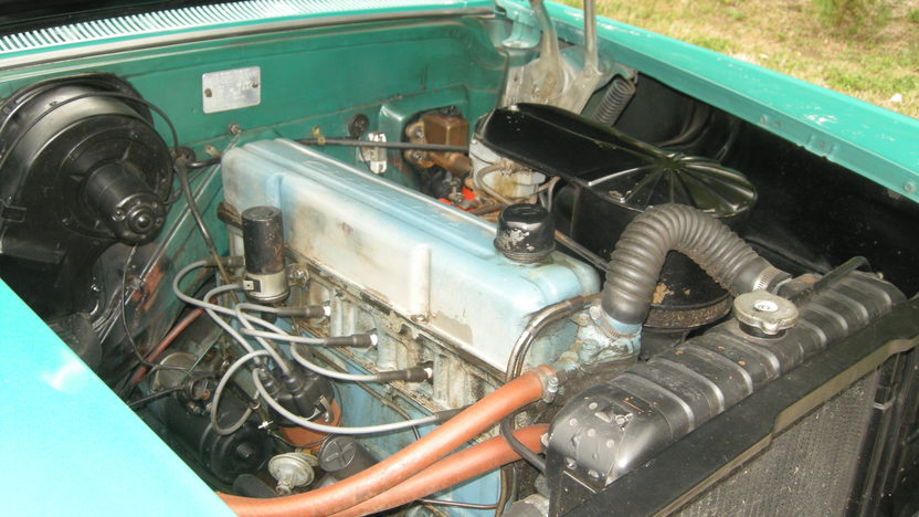 1958 Chevrolet Biscayne 2-Door Sedan presented as lot F127 at Kansas City, MO 2011 - image8