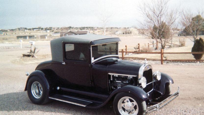 1929 Ford  Street Rod 350 CI presented as lot F129 at Kansas City, MO 2011 - image10