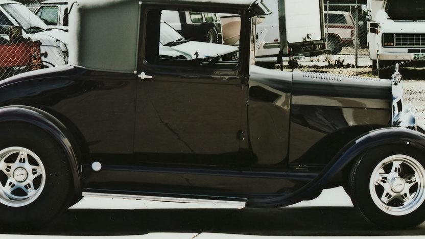 1929 Ford  Street Rod 350 CI presented as lot F129 at Kansas City, MO 2011 - image3