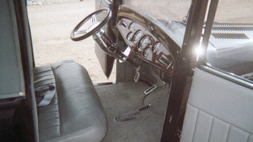 1929 Ford  Street Rod 350 CI presented as lot F129 at Kansas City, MO 2011 - image6