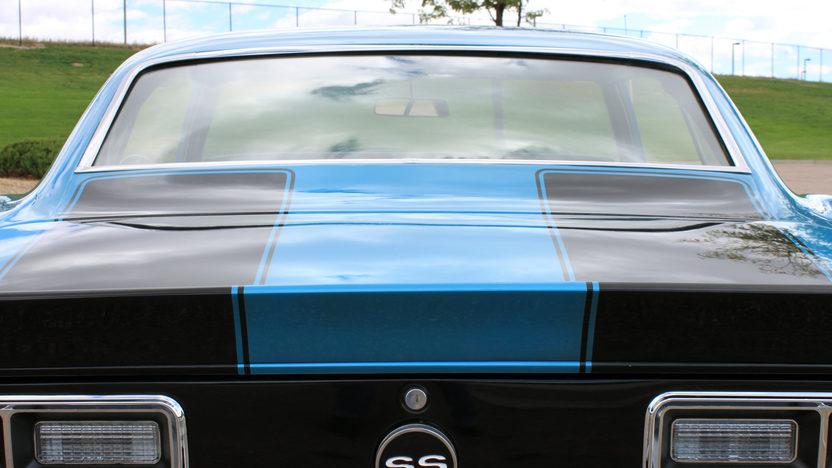 1968 Chevrolet Camaro Coupe 383/394 HP, 5-Speed presented as lot F130 at Kansas City, MO 2011 - image4